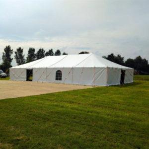 Tent wit - € ,-